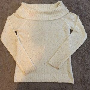 Sweaters - Creme and Gold sweater